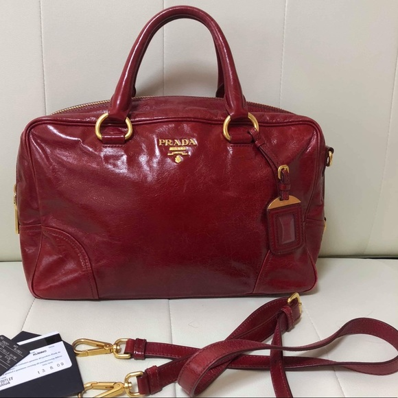 Prada Handbags - PRADA VITELLO SHINE RUBINO BL0821 VGUC